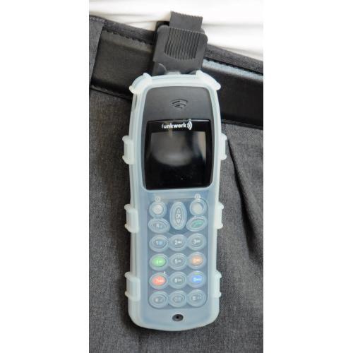 CasYy Silikonschutztasche für Funkwerk D4/ FC4 mit Clip, transparent Bild2